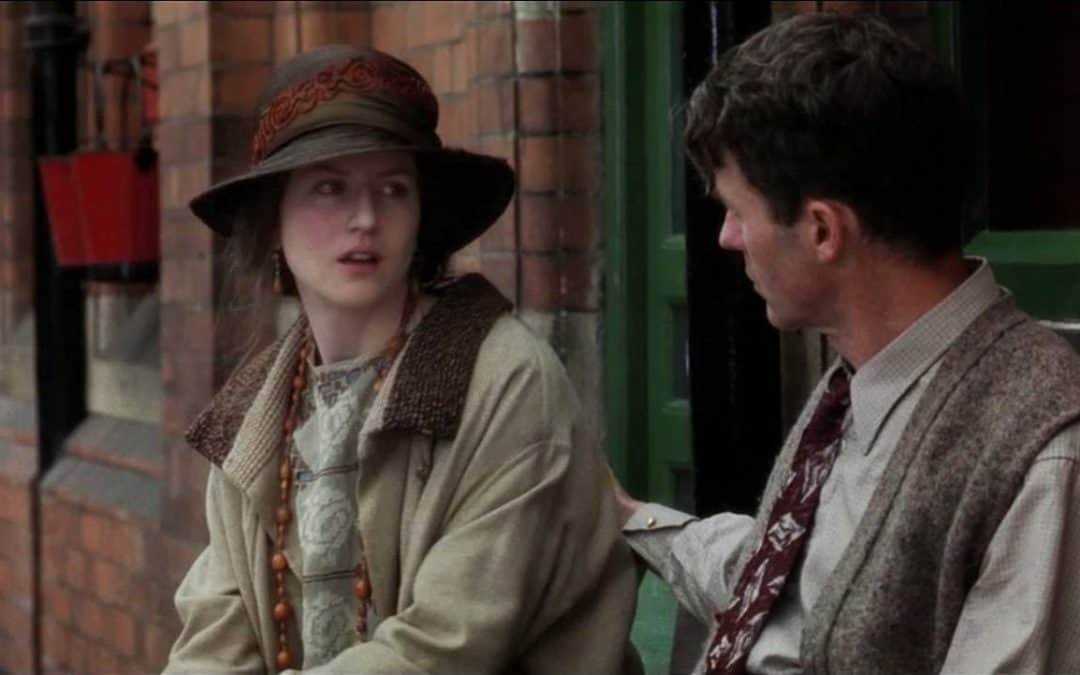 Virginia Woolf train station scene in The Hours, Film