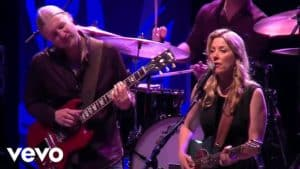 Tedeschi Trucks Band -Darling Be Home Soon (official Live Video).