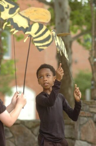 Yellow Jacket cardboard stick puppets puppeteer Tarin Pipkins 123 Puppetry bees for Hillsborough Performance