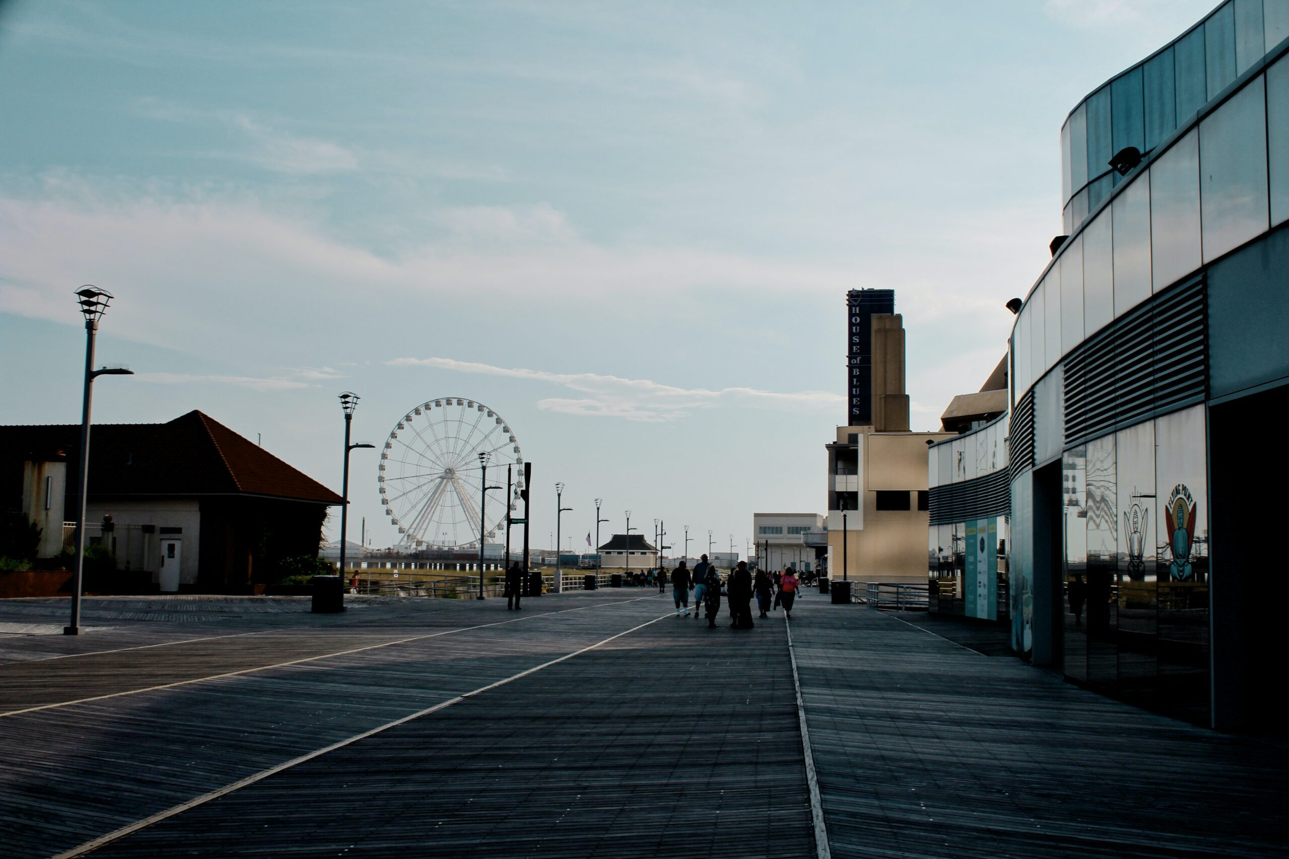 chermel-porter-Atlantic City NJ boardwalk with Ferris Wheel view-unsplash