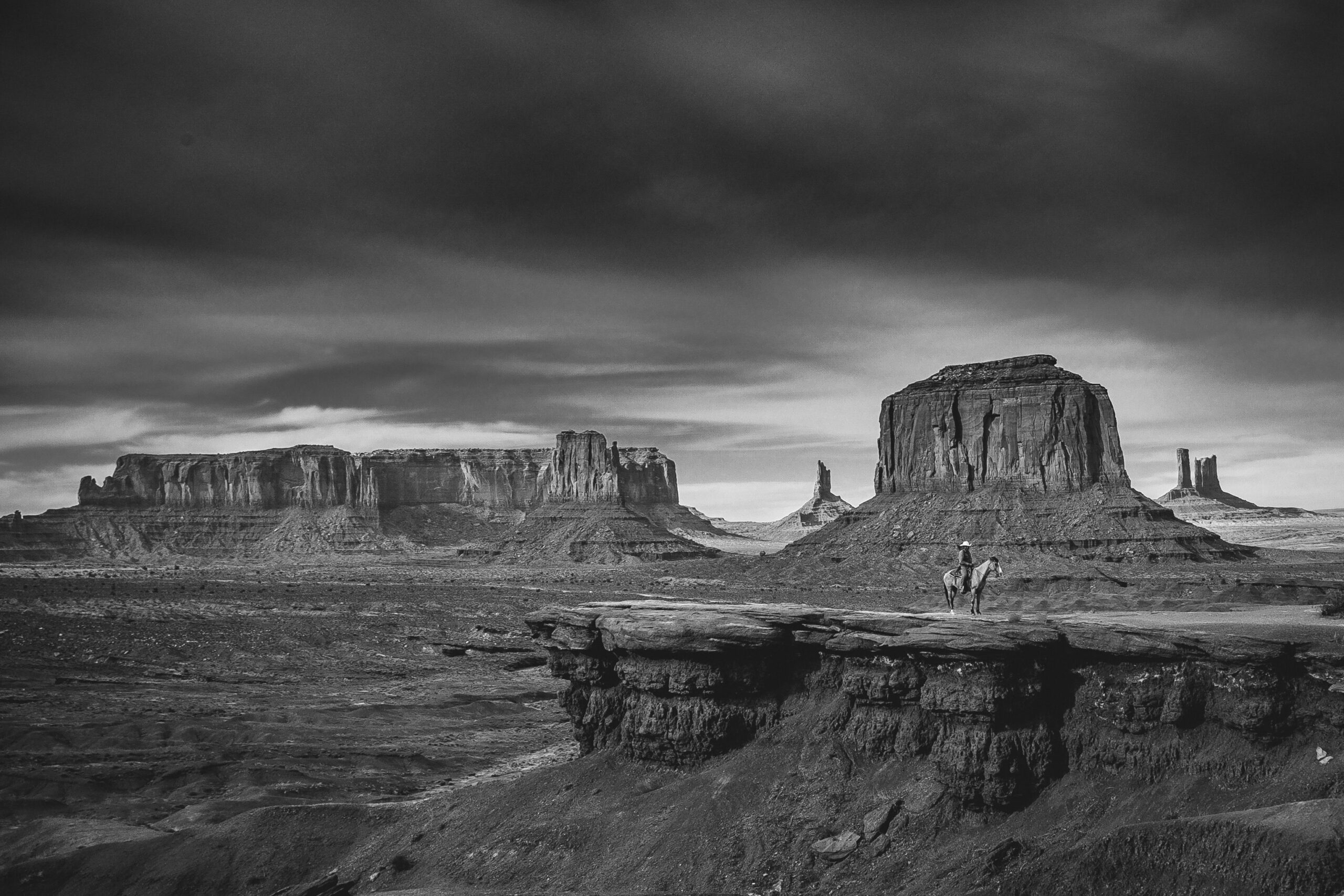 ashim-d-silva-cowboy rancher Western Skies-unsplash