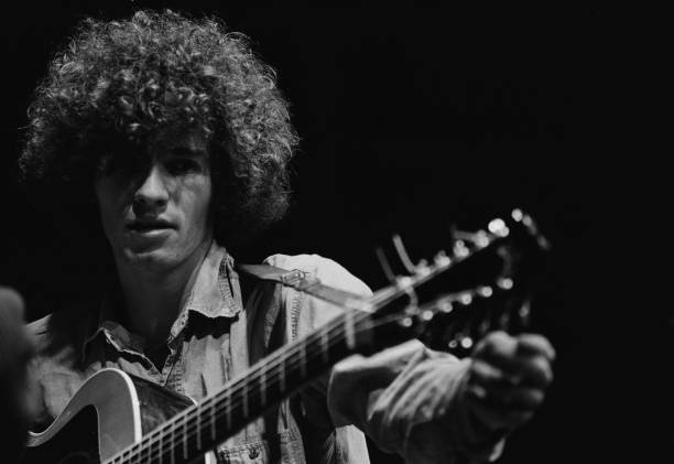 American singer, songwriter and guitarist Tim Buckley (1947 - 1975) , circa 1967. (Photo by Don Paulsen/Michael Ochs Archives/Getty Images)