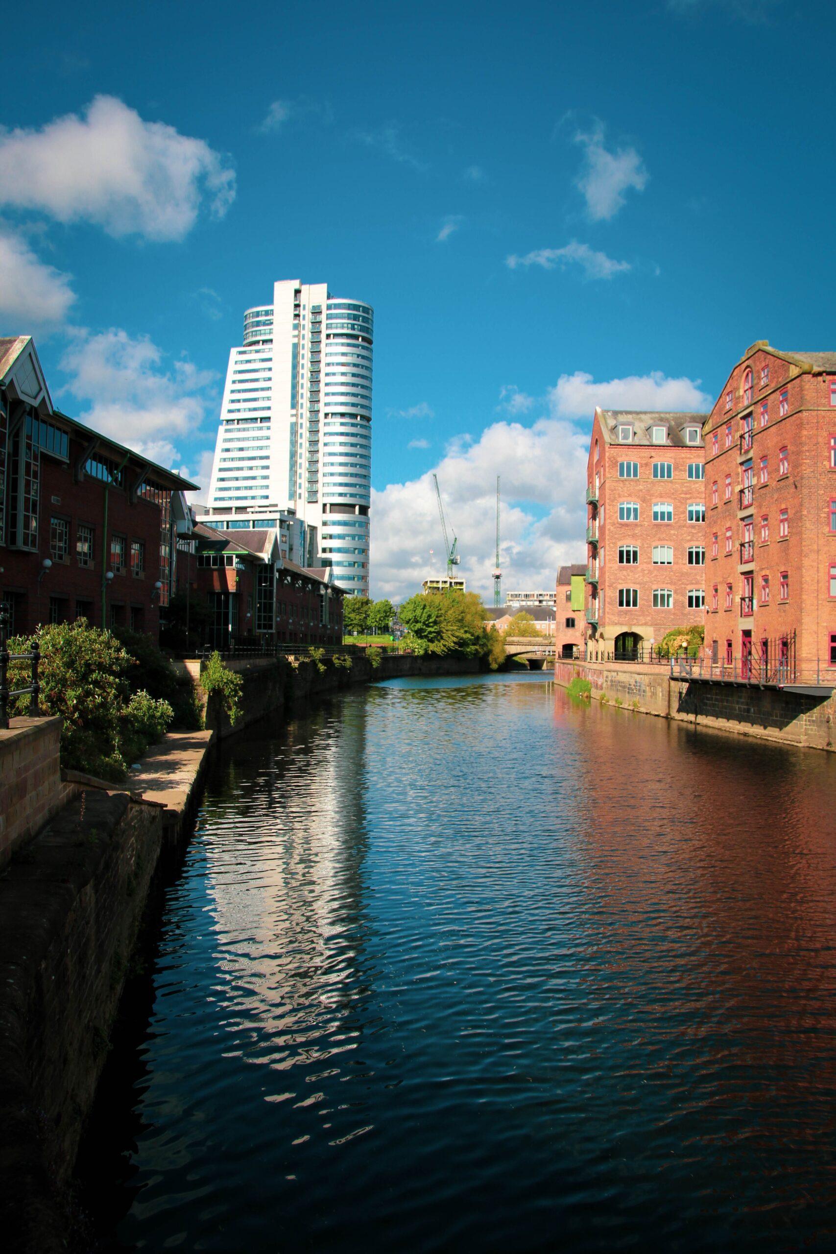 gary-butterfield--Leeds UK riverunsplash