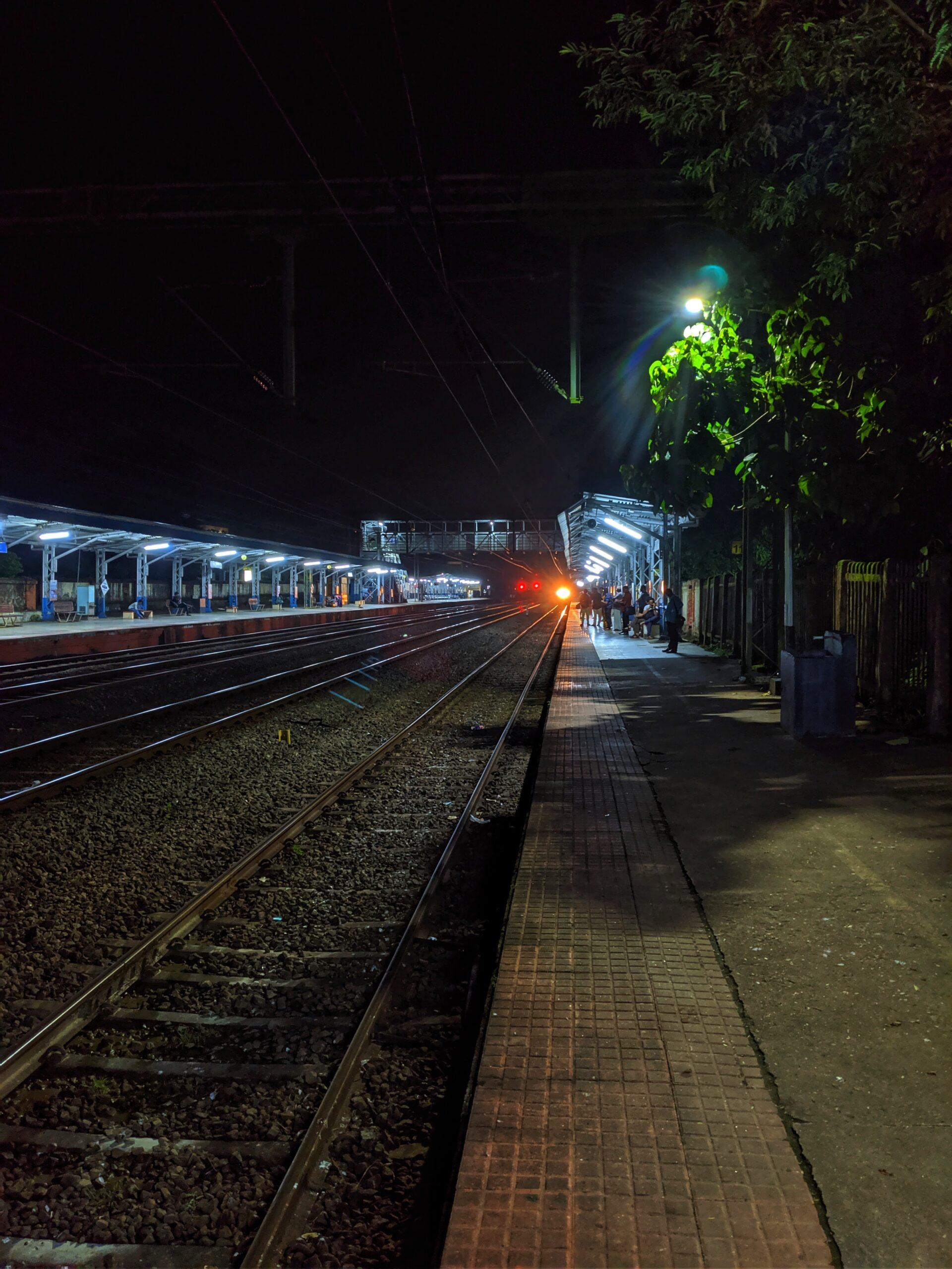 vishnu-prasad-late night train coming thru stationunsplash
