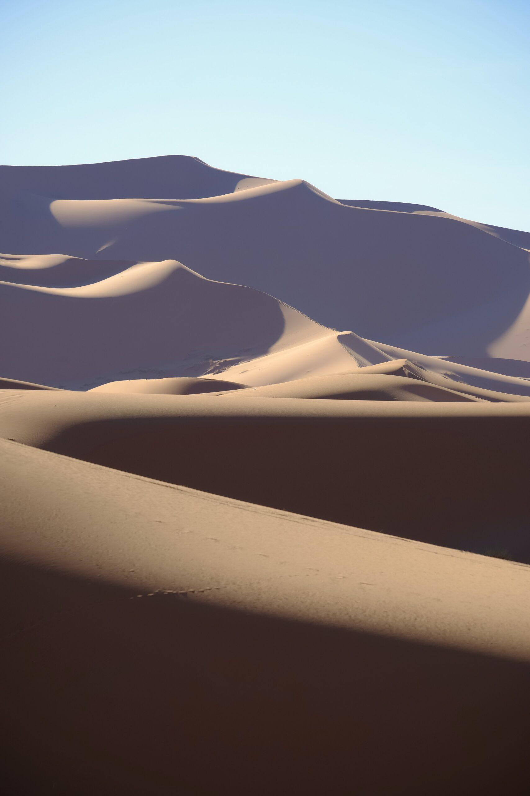 zack-woolwine-Sand dunes-unsplash