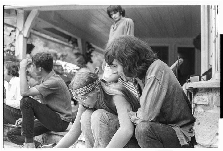 Morrison Hotel Gallery Joni Mitchell & Graham Nash at Peter Tork's, 1969 | Tom Gundlefinger O'Neal